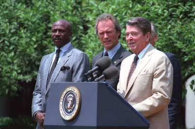 0035-eastwood_and_reagan.jpg