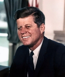 0131-john_f_kennedy_white_house.jpg
