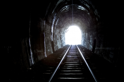 0196-train_tunnel.jpg