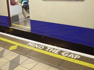 0255-mind _the_gap_bank.jpg