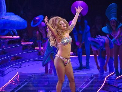 0262-lady_gaga_artpop_ball_tour_bell_center_montreal_2014.jpg