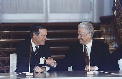 0282-george_h_w_bush_and_boris_yeltsin_1993.jpg