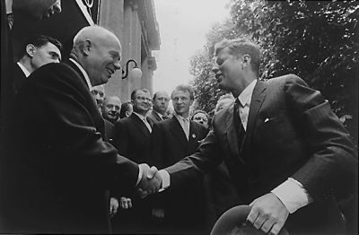 0282-jfk_meeting_khrushchev_3_june_1961.jpg