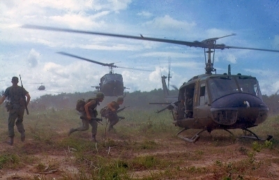 0282-uh-1d_helicopters_in_vetnam_1966.jpg