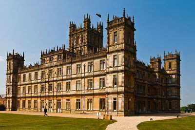 0326-highclere_castle_(april 2011).jpg