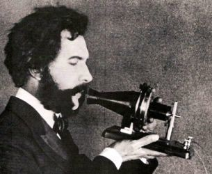 0334-actor_portraying_alexander_graham_bell_in_an_AT&T_promotional_film_(1926).jpg