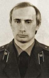 0376-vladimir_putin_in_kgb_uniform.jpg