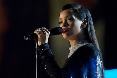 0379-rihanna_concert_for_valor_in_washington_dc_nov_11_2014.jpg