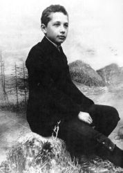 0383-albert_einstein_as_a_child.jpg