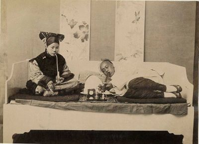 0418-chinese_opium_smokers.jpg