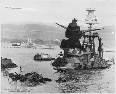 0481-uss_arizona_(bb39)_10_dec_1941_view_from_ahead_looking_aft.jpg