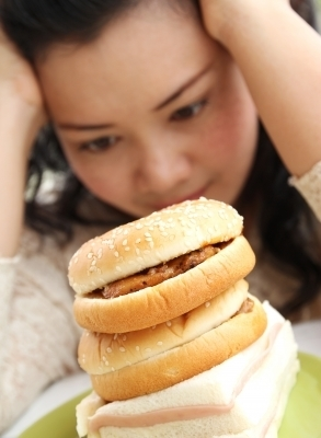 0244-thinking_girl_with_hamburger.jpg