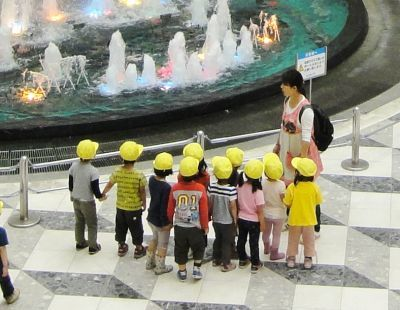 0457-sunshine_city_atrium_201206_cropped.jpg